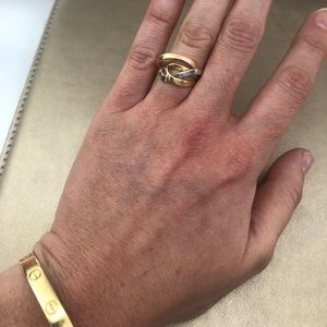 Jewelry - Multi 14k gold twisted band!